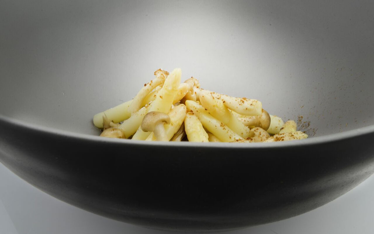 White Asparagus Tips, Raw Smoked Hen of the Woods Mushrooms, Porcini Dust, Smokey Idiazabal Cream